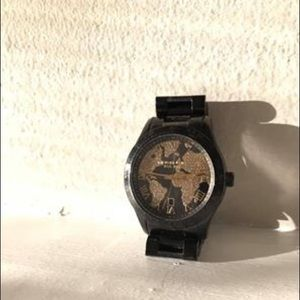 Michael Kors Women's World Watch